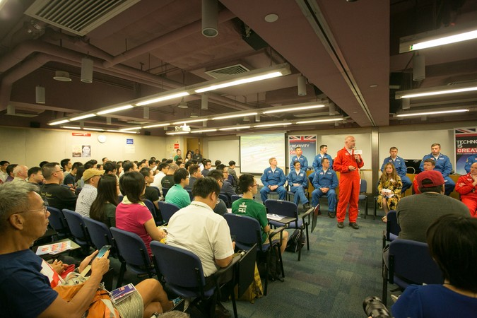 Royal Air Force (RAF) Red Arrows - Visit to HKU SPACE - photo 7