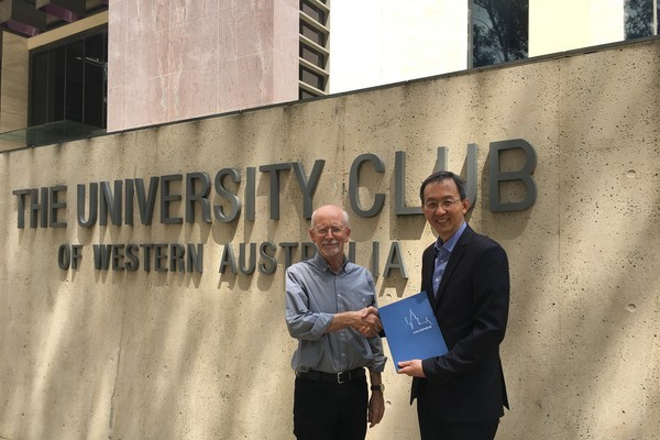 Professor Mark Beeson of UWA received Appointment of Visiting Scholar to Centennial College and HKU SPACE